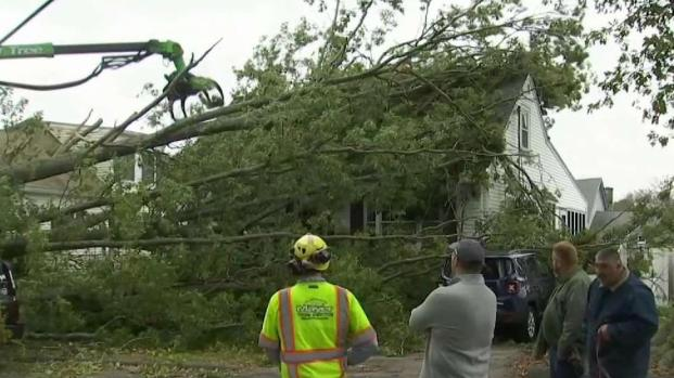 [NECN] Mass. Crews Clean Up After Powerful Storm