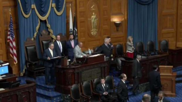 [NECN] Mass. House Passes Hands-Free Cellphone Bill