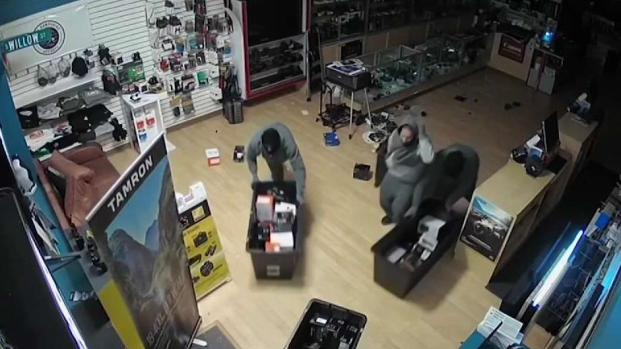 [NECN] NH Smash and Grab Caught on Camera