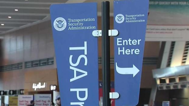 [NECN] TSA Employees Working Without Pay During Shutdown