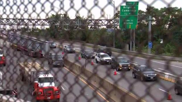 [NECN] Bridge Project Affects Traffic on Mass. Pike