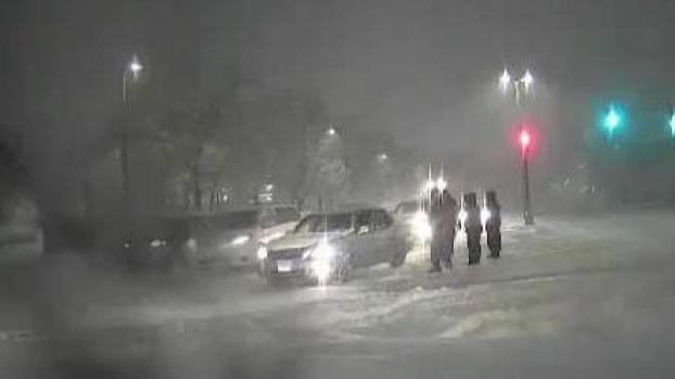 Blanket of Snow Creates Tough Morning Commute