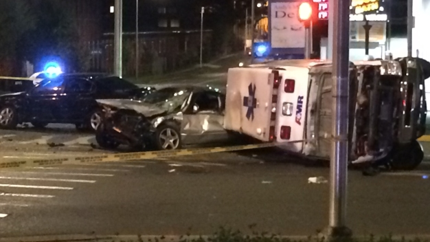 Driver Fled After Crashing Into Ambulance in Hartford: PD