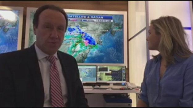 Meteorologists Tim Kelley and Jackie Layer Talk Snow!