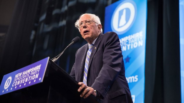 Sanders Out Front in 3-Way New Hampshire Primary Lead: Poll