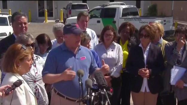 MA Congressman Michael Capuano Visits Border Facility