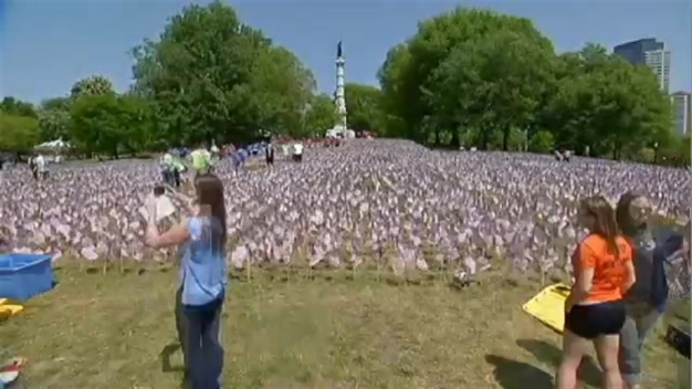 TIMELAPSE: 37K US Flags Placed on Boston Common