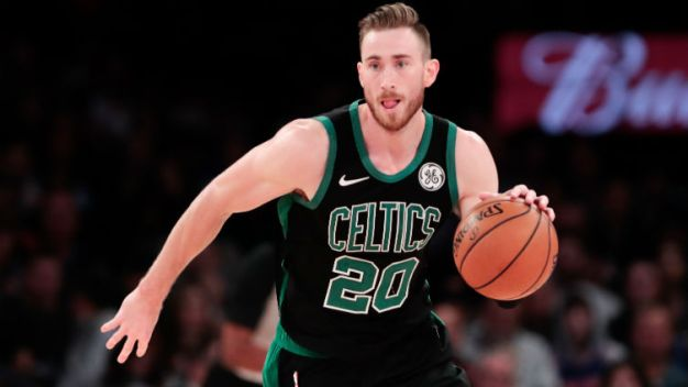 Gordon Hayward Has Surgery on Left Hand