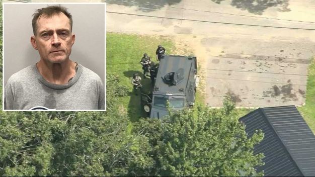 Armed Fugitive Surrenders in NH Mobile Home Standoff