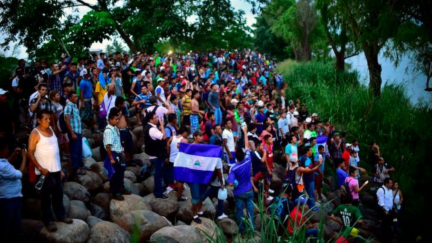 Caravan Swells to 5,000 as It Resumes Advance Toward US