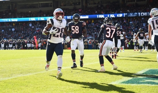 Patriots Grind Out Win in Chicago