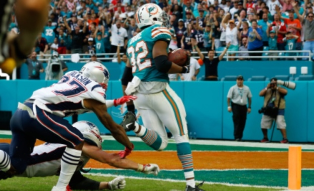 Patriots Lose to Dolphins on Final Play