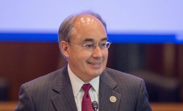 Poliquin, Voters Sue Over Maine's New Ranking System