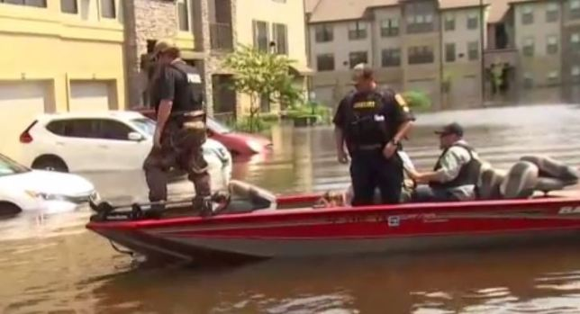 [NECN] NBC Boston's Chris Gloninger Joins Crew During Texas Rescues