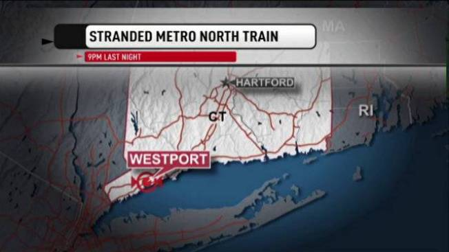 Nearly 200 Metro North Passengers Get Stranded After Train Breaks Down in Conn.