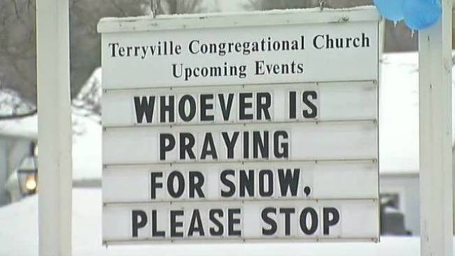 Conn. Church Delivers Message on Snow
