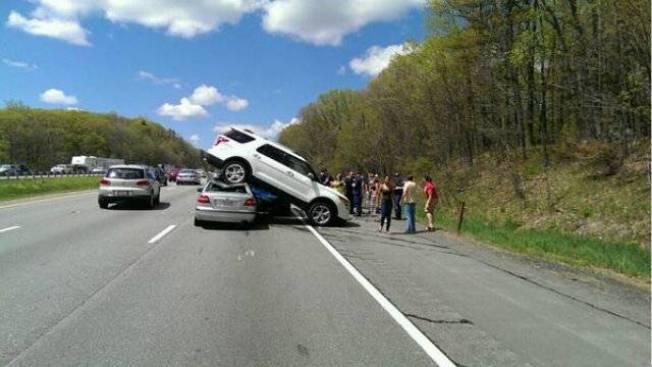 4-vehicle Crash on Mass. Pike Causes 2-mile Traffic Backup