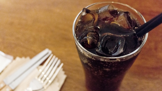 Baltimore Bans Sodas, Sugary Drinks From Kids' Menus at Restaurants
