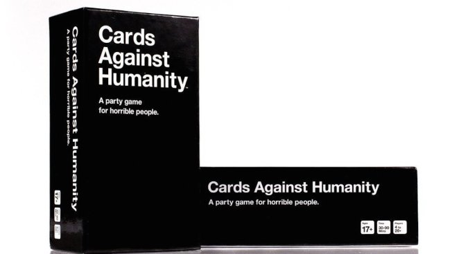 Cards Against Humanity Sells 30,000 Boxes of Bull Poop