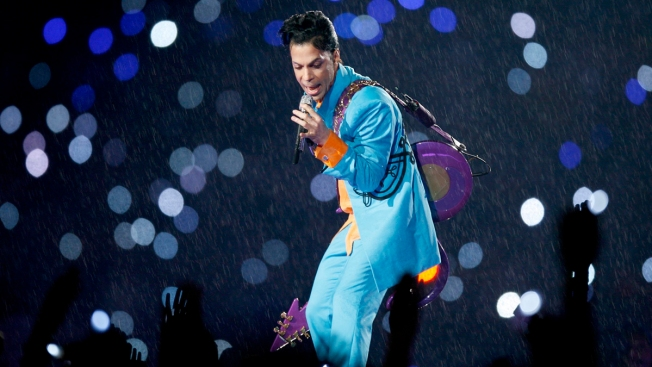 As Prince Heirs Stew, Bankers and Lawyers Cash in on Estate