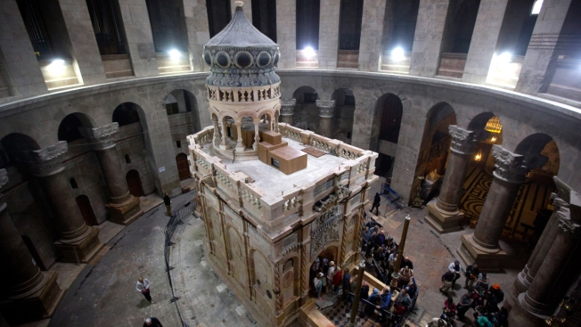 Jesus' Tomb Is Unveiled After Yearlong Restoration