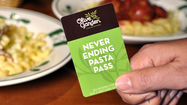 Trending Now: Man Feeds 125 People With Olive Garden Pasta Pass