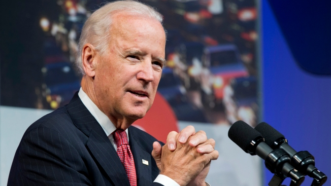 In NH, Biden Drops No Hints on 2016 Plans