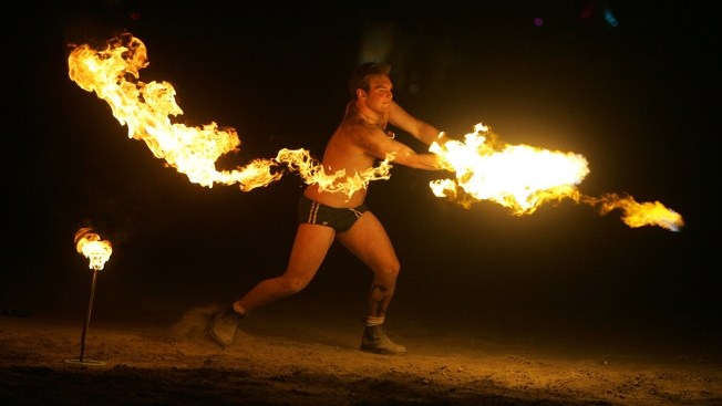 Desert Hosts Traffic Jams, Makeshift Airport for Burning Man