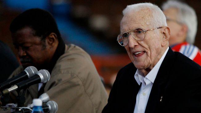 Ex-Cuban Vice President, Bay of Pigs Commander, Dies at 95