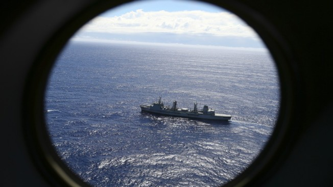 Hunt Resumes for Malaysia Airlines Flight 370 Wreckage