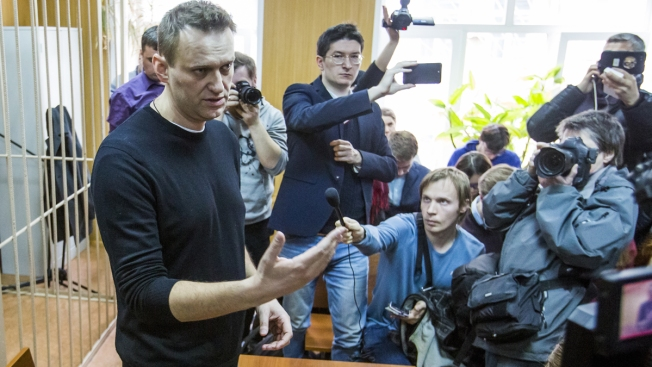 Russian Opposition Leader Undergoes Eye Surgery After Attack