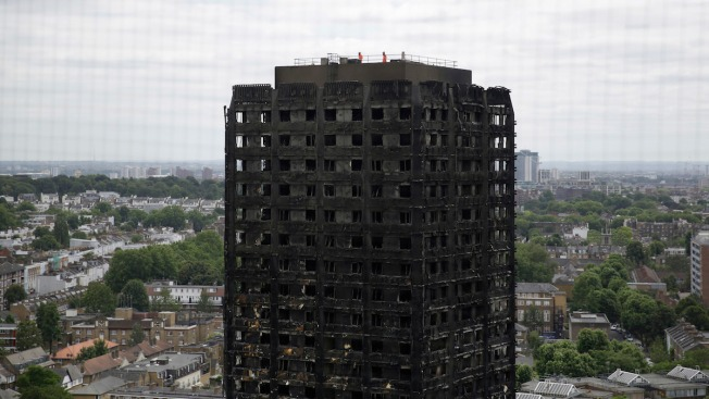 UK Police Retrieve All 'Visible Remains' From Fire-Hit Tower