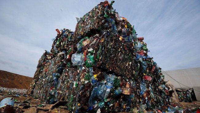 World's Plastic Waste Could Bury Manhattan 2 Miles Deep
