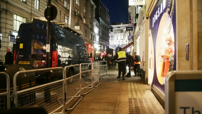 Panic on Oxford Street in London as 'Explosion,' 'Gunfire' Reported