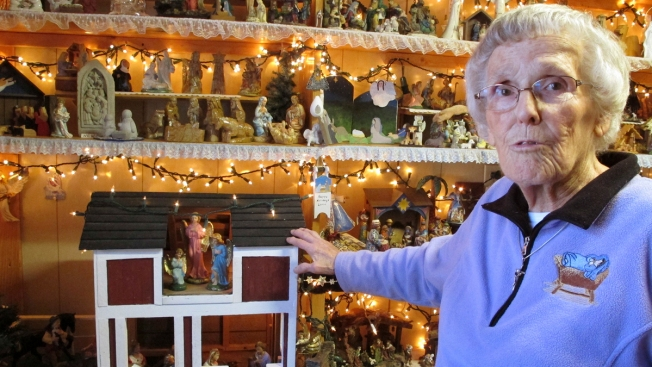 Vermont Woman Displays More Than 1,400 Nativity Scenes