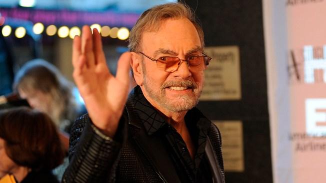 Da Da Da: Neil Diamond Awarded at Songwriters Hall of Fame