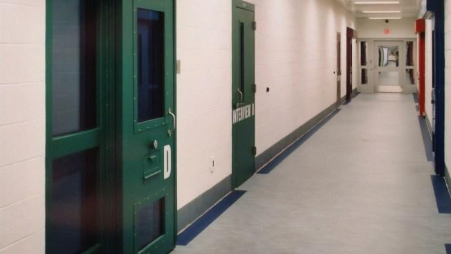 Despair, Hope in Poetry of Immigrant Kids in US Lockup: 'My Life Has Been a Disaster'