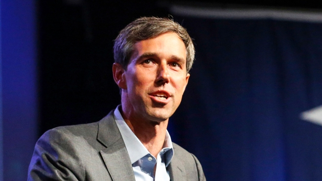 O'Rourke Seeks Help After ICE Drops Hundreds of Migrants at Tx. Bus Station