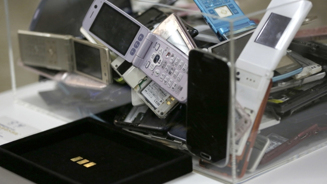 Old Gold: Tokyo 2020 Olympic Medals to Come From Recycled Phones, Cameras