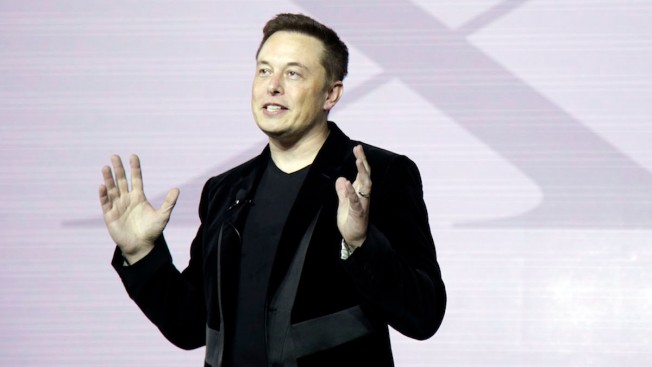 Elon Musk: Apple Is 'Graveyard' of Failed Tesla Employees