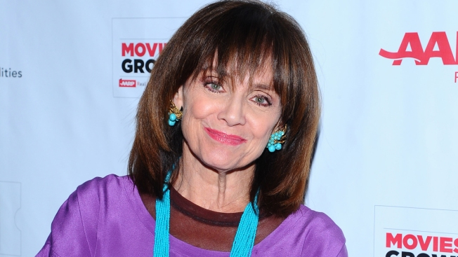 Valerie Harper Drops Out of Maine Play After Falling Ill
