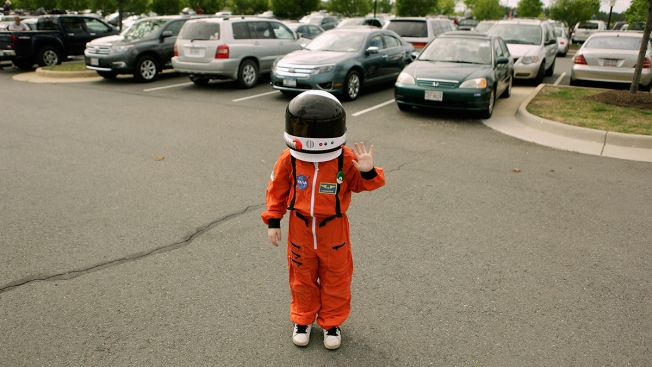 Kids Now Dream of Being Professional YouTubers Rather Than Astronauts, Study Finds
