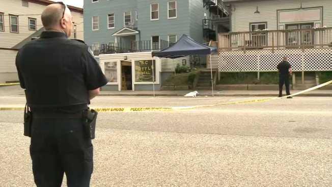 Police: Children Witnessed Mother's Fatal Stabbing Outside Laundromat