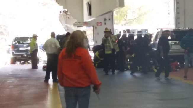 Car Crashes At Mass Auto Auction 3 Dead Necn