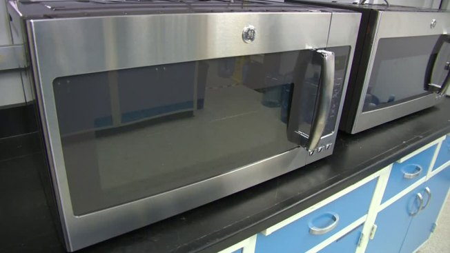 Teens Plead Guilty to Putting Kitten in Microwave
