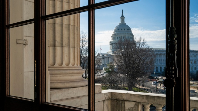 Government Shutdown Likely to Stretch Into Next Week