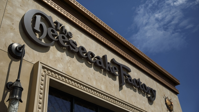 Former Cheesecake Factory Worker Sues After Alleged Discrimination of Latino Workers