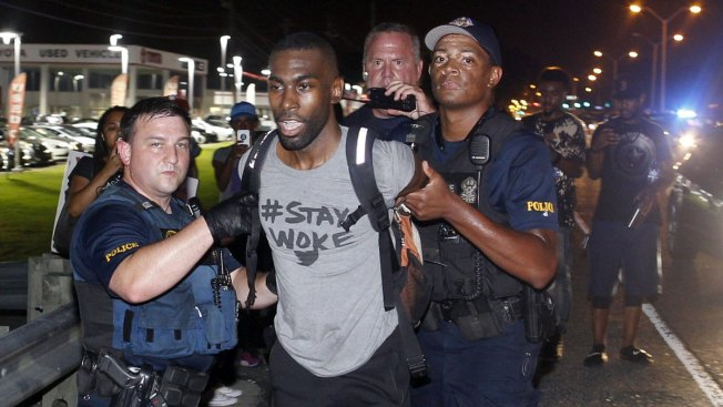 Black Lives Matter Activist DeRay Mckesson Released After Being Arrested During La. Protest