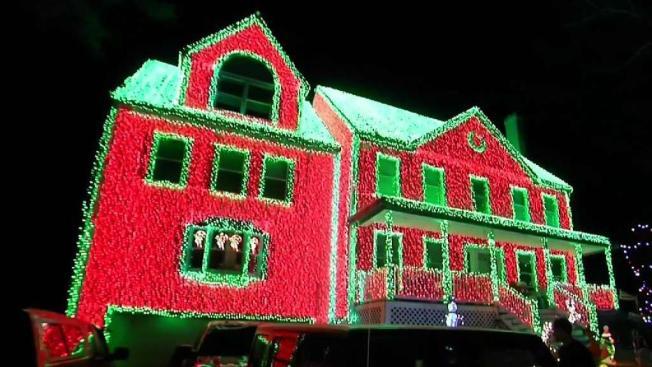 Mass Lights Display Rivals Christmas Vacation Necn