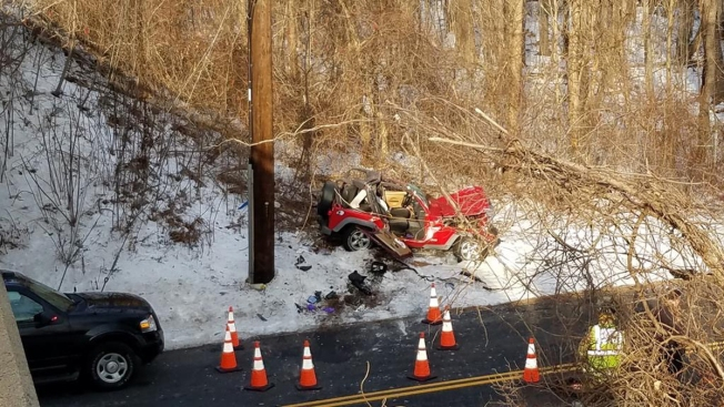 1 Dead, 1 Injured in Rollover Crash on I-91 in Enfield